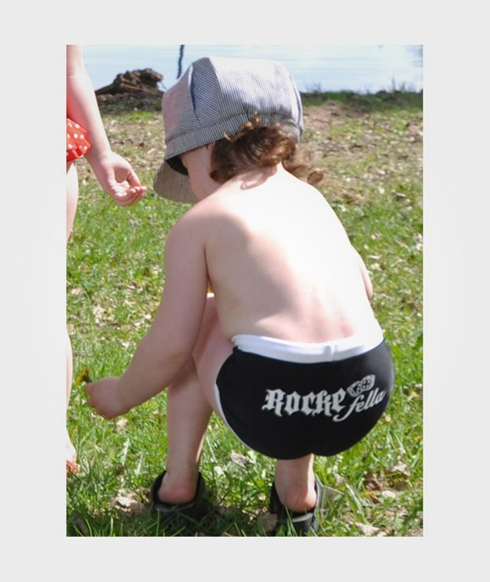 Rockefella Hank Swim Trunk Black Black