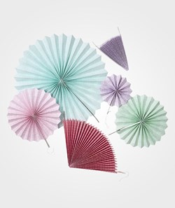 Rice 6 Hanging Fans Mixed Sizes