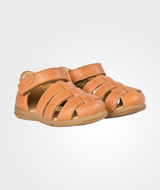 Move Unisex Closed Sandal Cognac