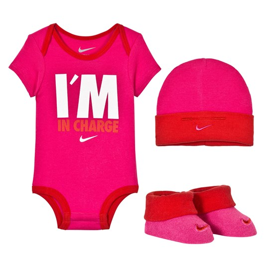 NIKE I´m In Charge Body, Hat and Booties Gift Set V12 VIVID PINK