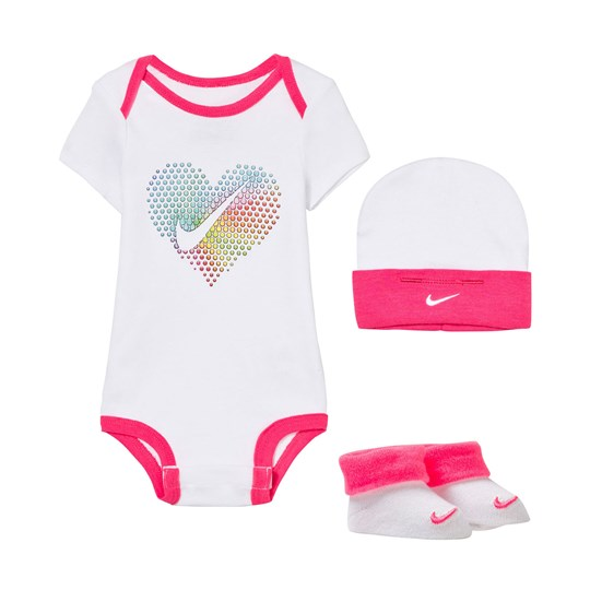 NIKE White Pop Heart Body, Hat and Booties Gift Set 001 WHITE