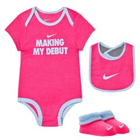 NIKE Making My Debut Baby Body, Bib and Booties Set A96 HYPER PINK