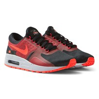 NIKE Black Red Zero Essential Junior Trainers BLACK/BRIGHT CRIMSON-GYM RED-WOLF GREY