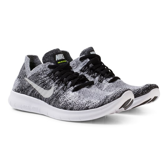 NIKE Black Junior Flyknit 2 Free Run Trainers