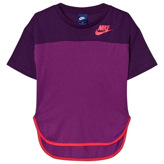 NIKE Prep GFX T-shirt Lila NIGHT PURPLE/BOLD BERRY/LT FUSION RED