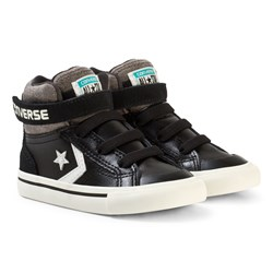 Converse Chuck Taylor All Star Street Leather and Fleece Mid Black