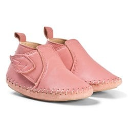 Easy Peasy Pink Bomock Wing Velcro Crib Shoes