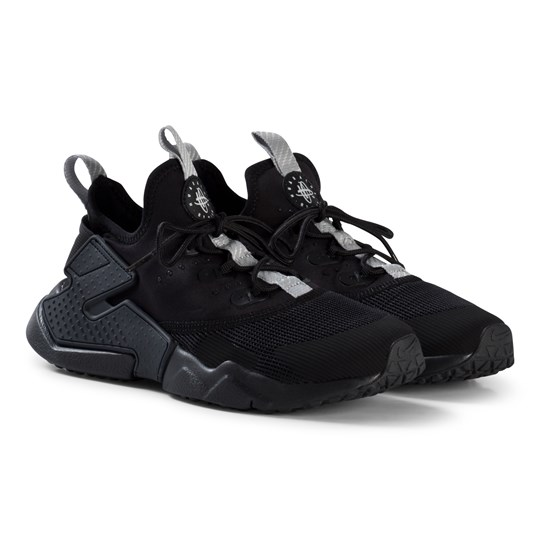 black nike huaraches junior