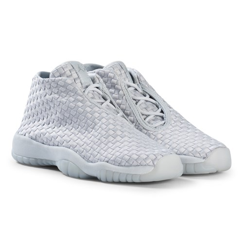 air jordan future pure platinum