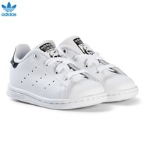 adidas Originals White and Shiny Black Infants Stan Smith Trainers FTWR WHITE/FTWR WHITE/CORE BLACK