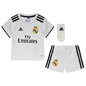 Image of Real Madrid Real Madrid ´18 Infants Home Kit White 12-18 months (86 cm) (3056078787)