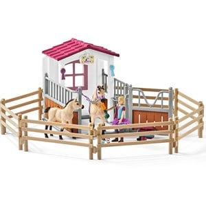 Schleich Horse stall with Arab horses and groom