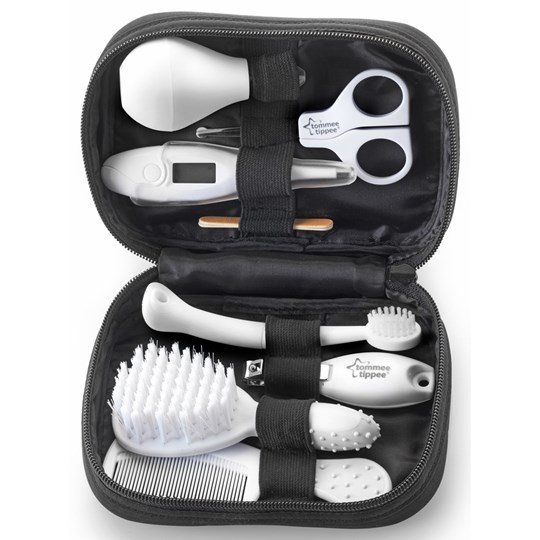 Tommee Tippee Closer To Nature Healthcare & Grooming Kit Black