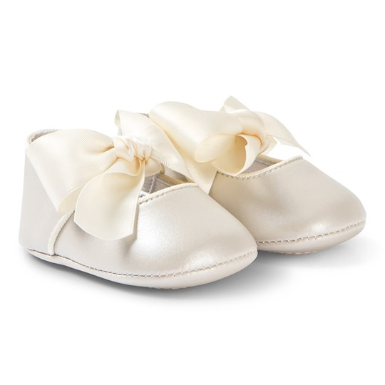 Mayoral Cream Bow Detail Crib Shoes 36