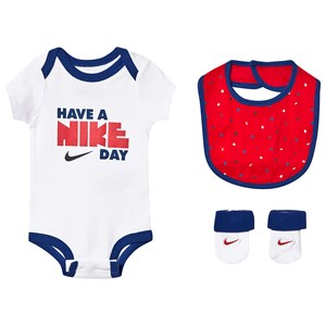 Image of NIKE 3 Piece Slogan Baby Body, Bib and Socks Set 0-6 months (3144401413)