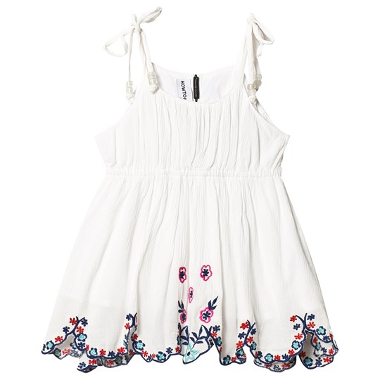 How To Kiss A Frog Bloomy Embroidered Top Off White off white embroidery