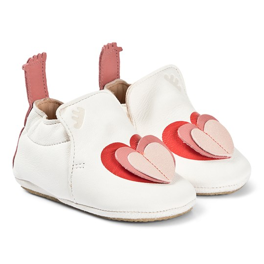 Easy Peasy White 3D Pink Heart BluBlu Crib Shoes with Crepe Sole 237
