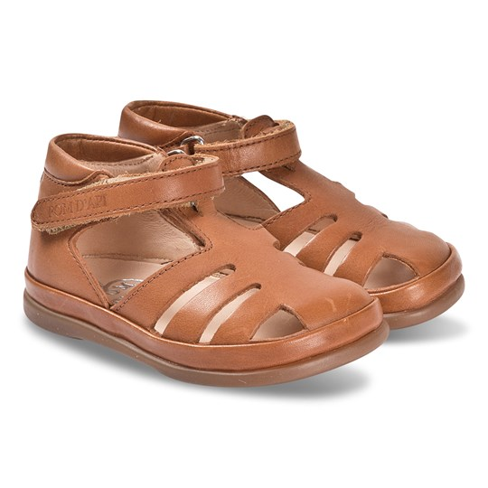 Pom Dapi Camel Leather Closed Toe Newflex Leon Sandals Camel