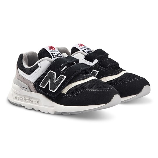 New Balance Black & White Lifestyle Trainers 001