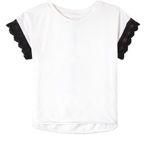 How To Kiss A Frog Lace Detail T-shirt Hvid 4 år